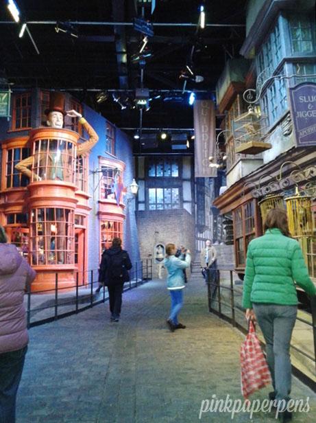 Walk along the Diagon Alley for a little fantasy shopping!