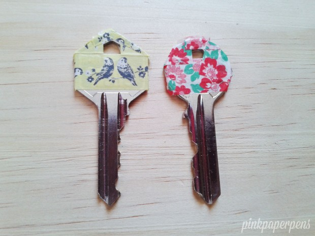 My favorite prints for my new apartment keys! The Cath Kidston tapes worked really well because of its strong adhesive.